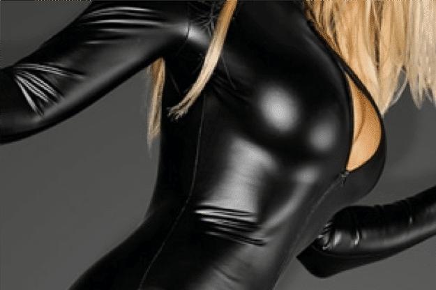 sexy en simili cuir