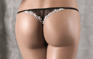 jolies fesses avec string