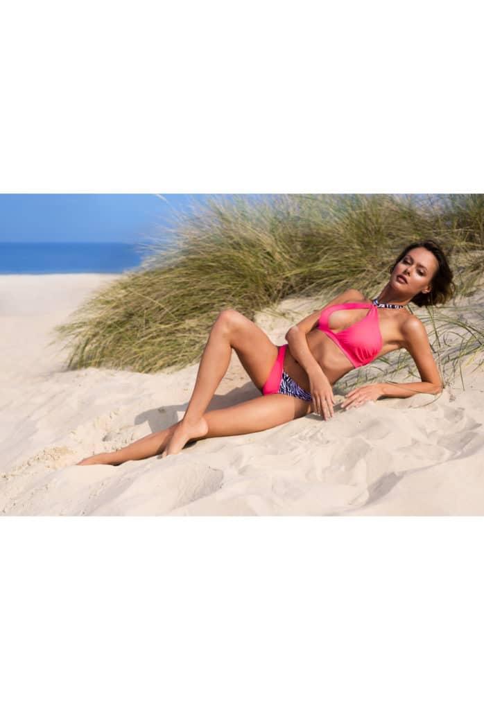 Bikini rose Bahamya